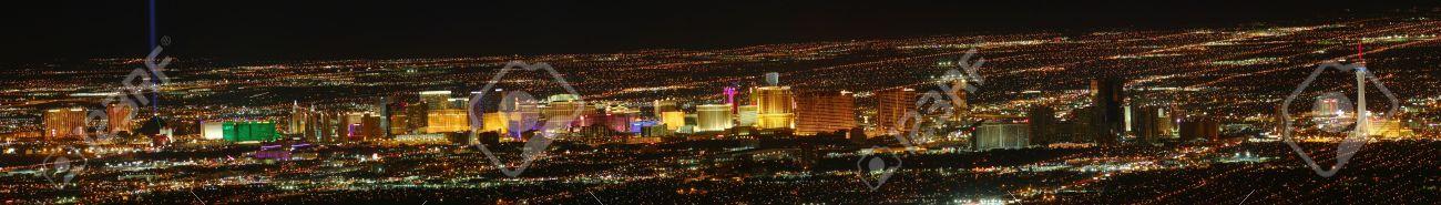 Las Vegas Strip panoramic view (high resolution) as seen from elevation east of Sin City Stock Photo - 11564944
