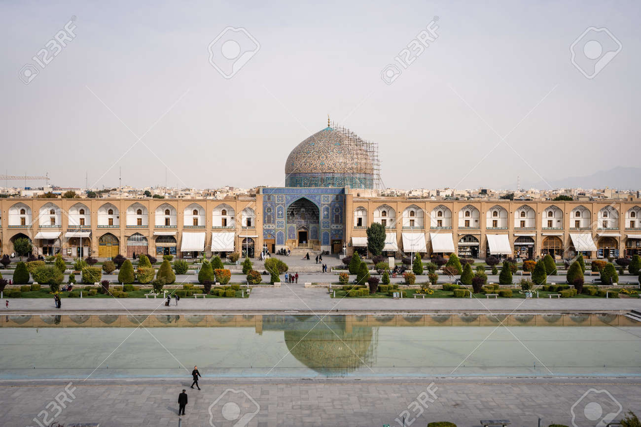 ISFAHAN, IRAN - Oct 28, 2019: View of the Royal Square in Isfahan - 155081864