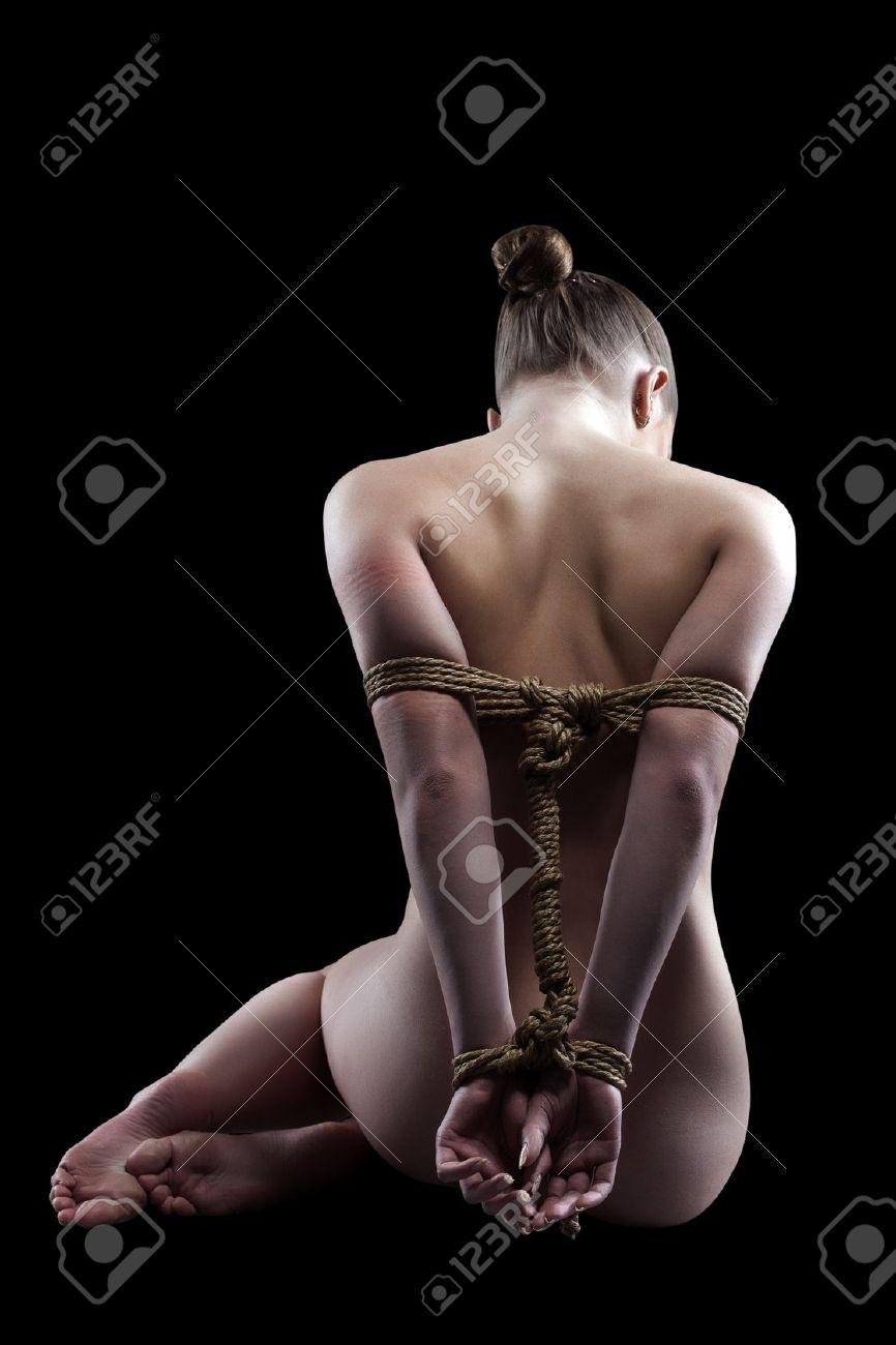 Рабыни со связанными руками 18 фотография