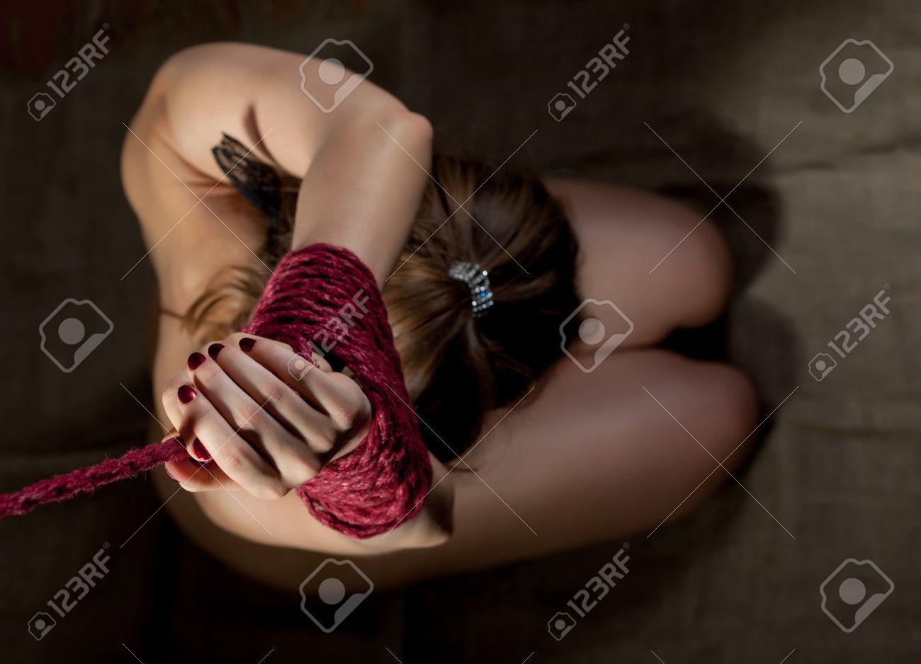 Фото связывания женщины 10 фотография