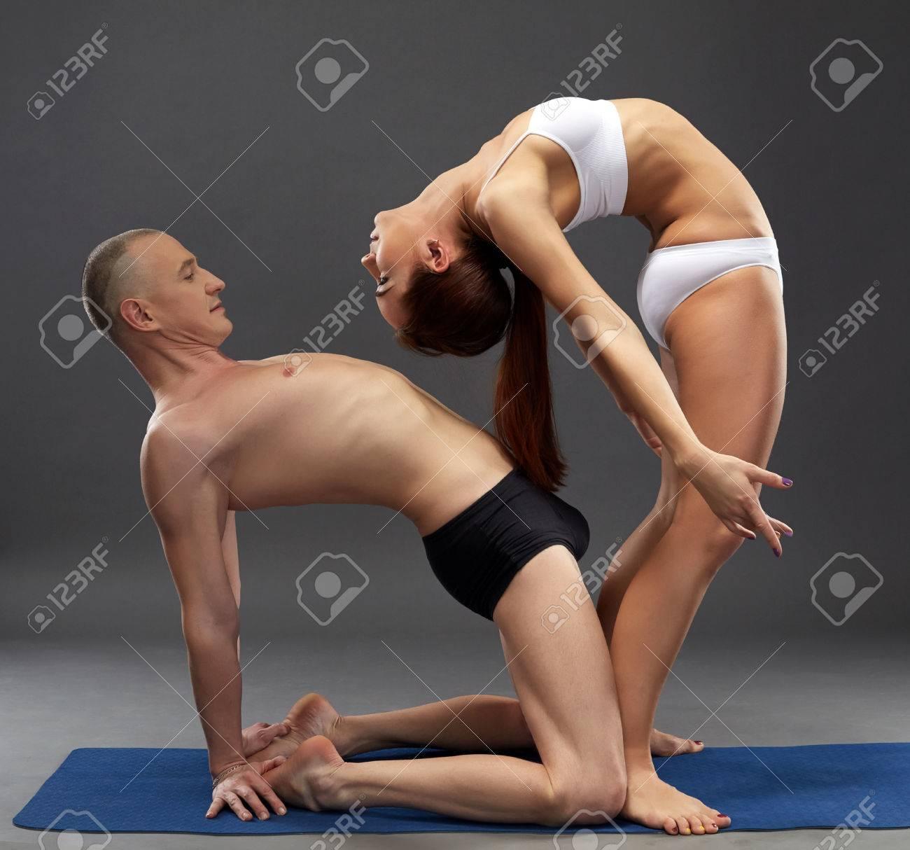 schmatzende lesben muschis beim strap-on sex