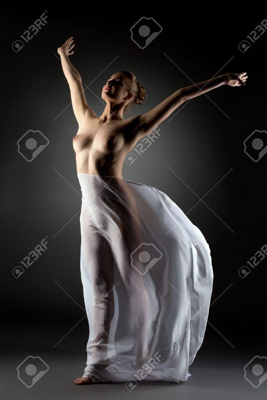 tänzerin nackt