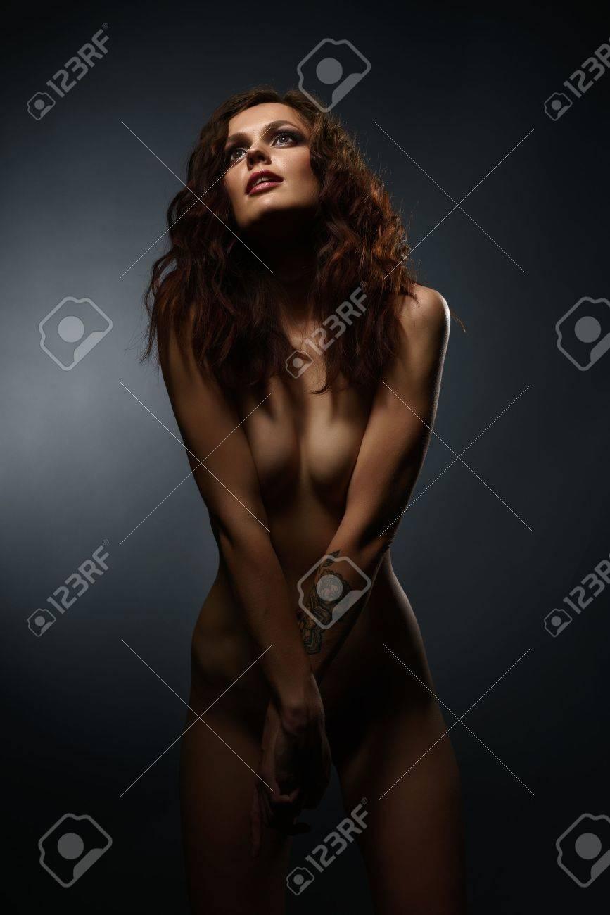 skinny-brunette-models-nude
