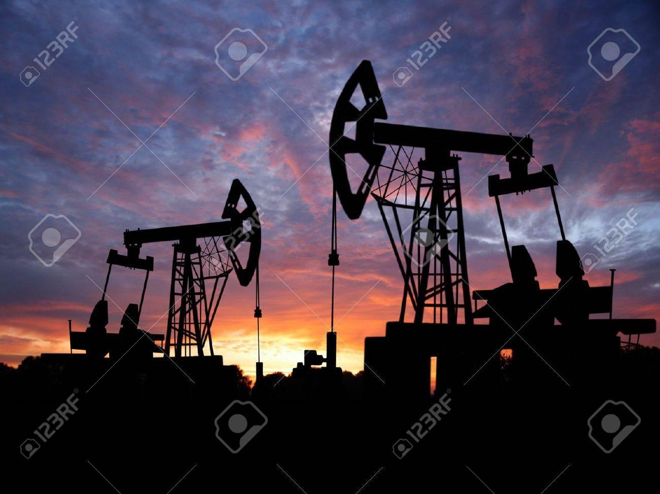 oilfield - 4426357