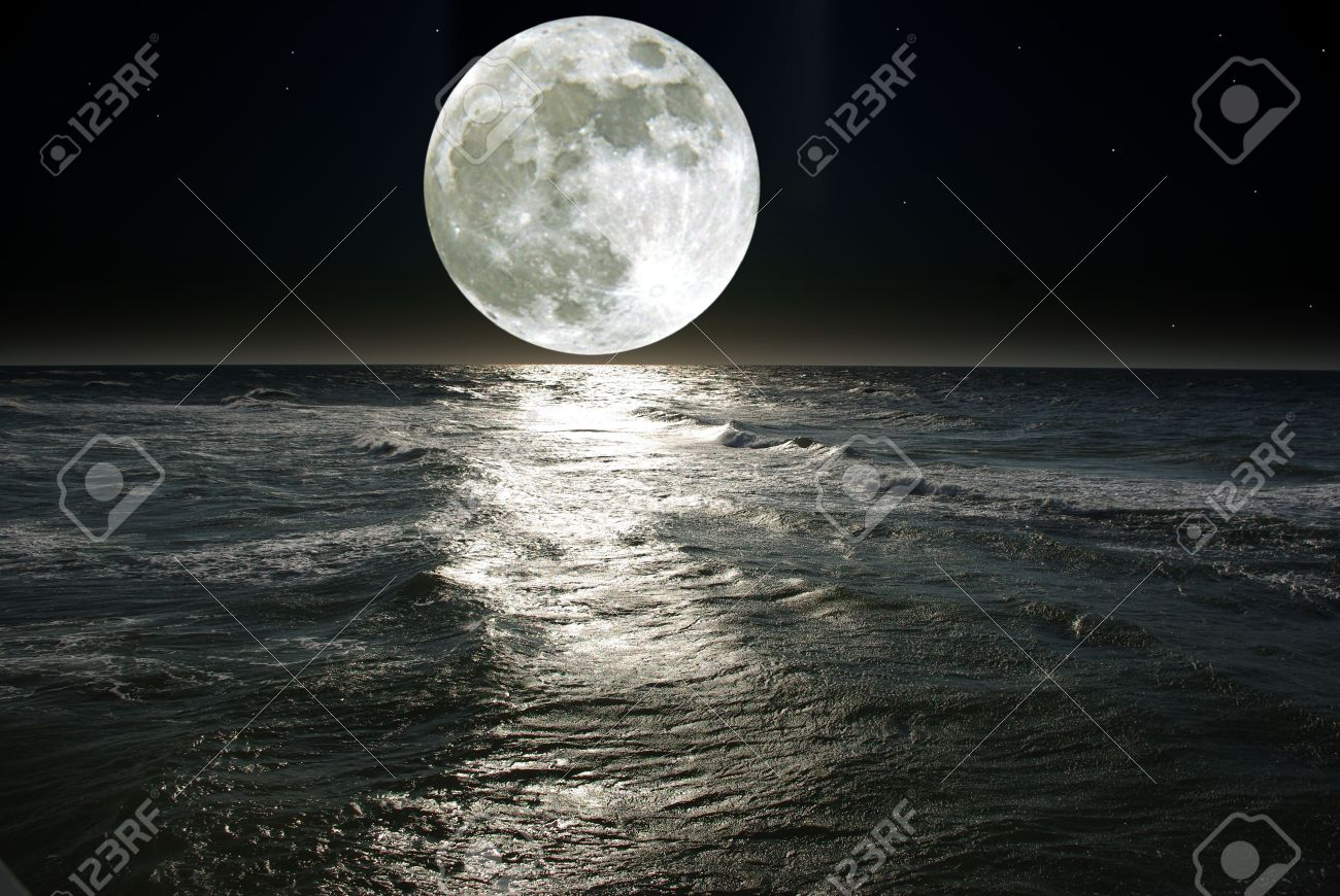 moon and his reflection in water - 5100026