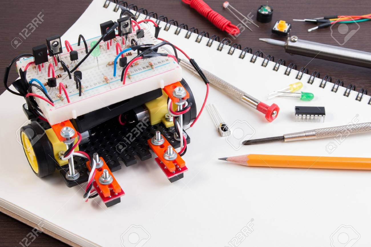 STEM or DIY Electronic Kit , Line tracking robot competition