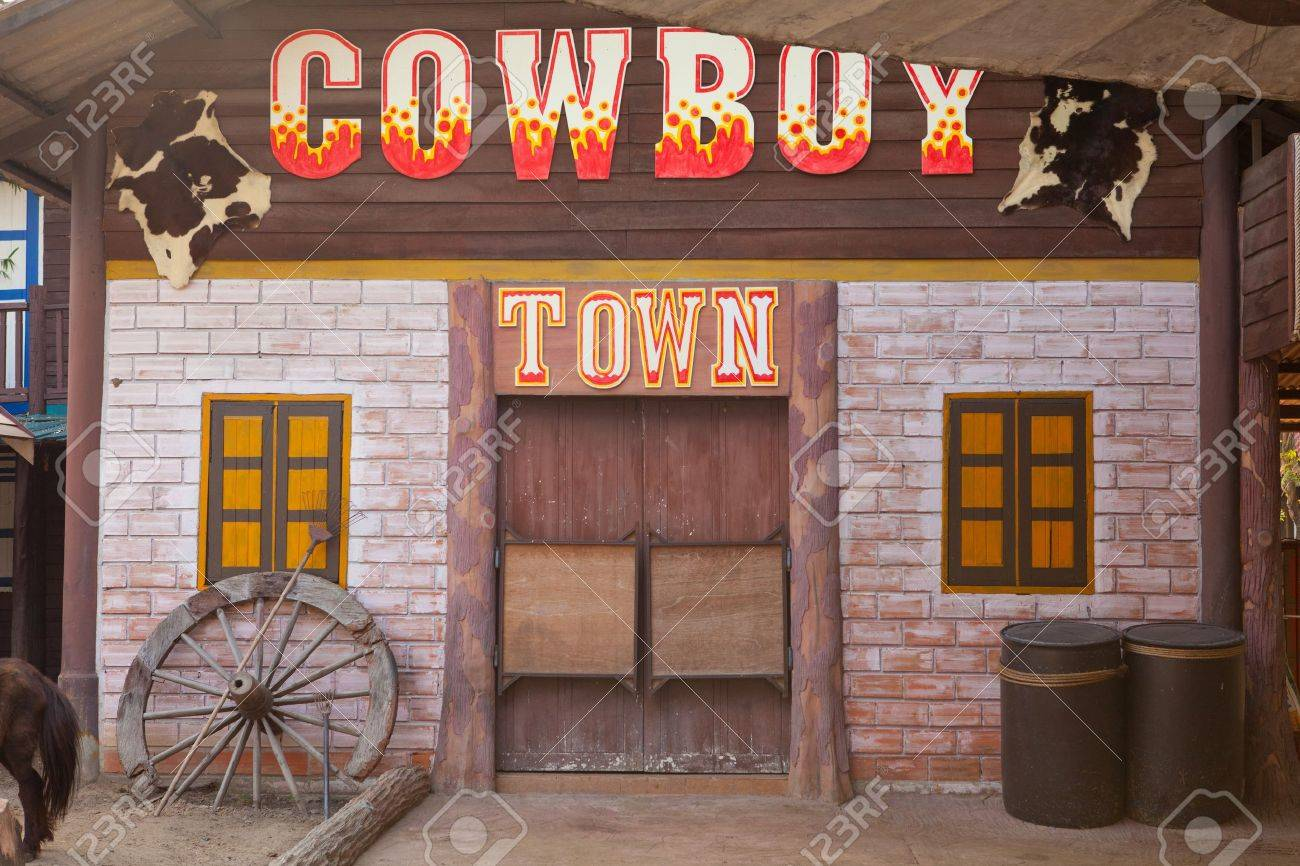 An old American western style town - 16232693