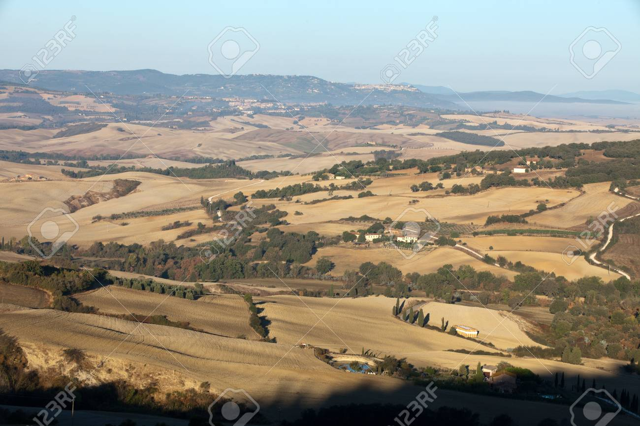 The hills around Pienza and Monticchiello  Tuscany, Italy. Stock Photo - 10686668
