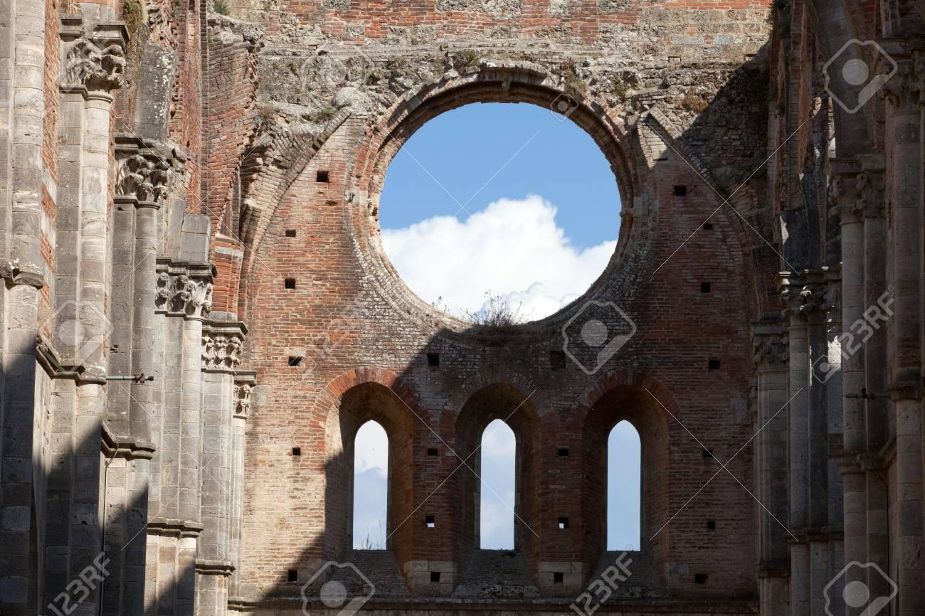 Abbey of San Galgano, Tuscany, Italy Stock Photo - 13608886