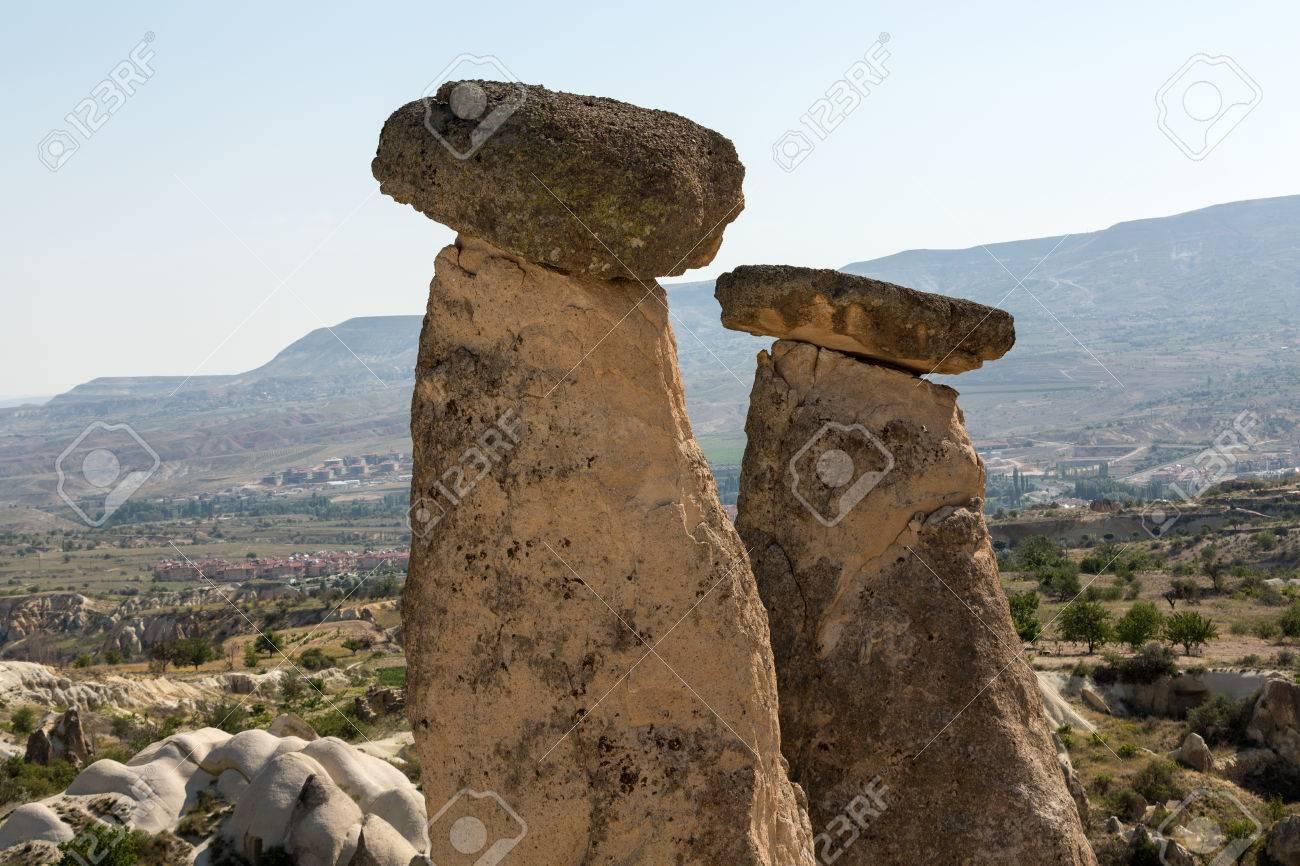 Formations De Pierre Cheminees De Fee En Cappadoce Turquie Banque