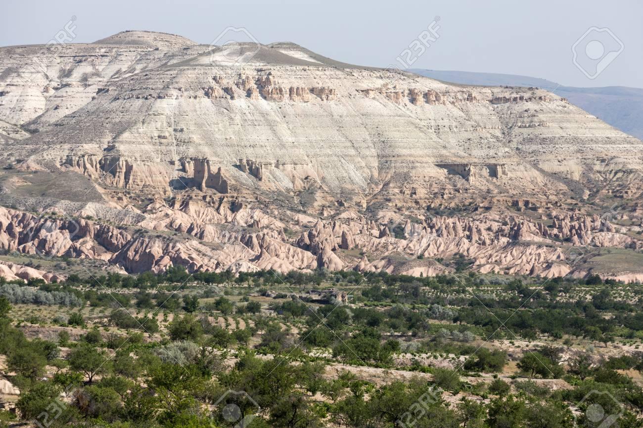 Formations En Pierre Cheminees De Fees En Cappadoce En Turquie