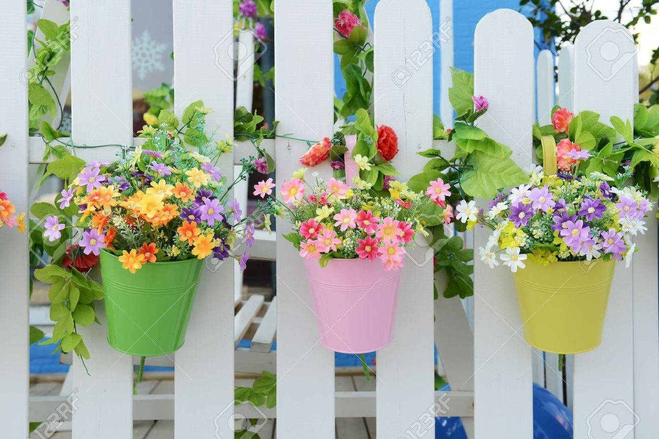 fence flower pots hanging