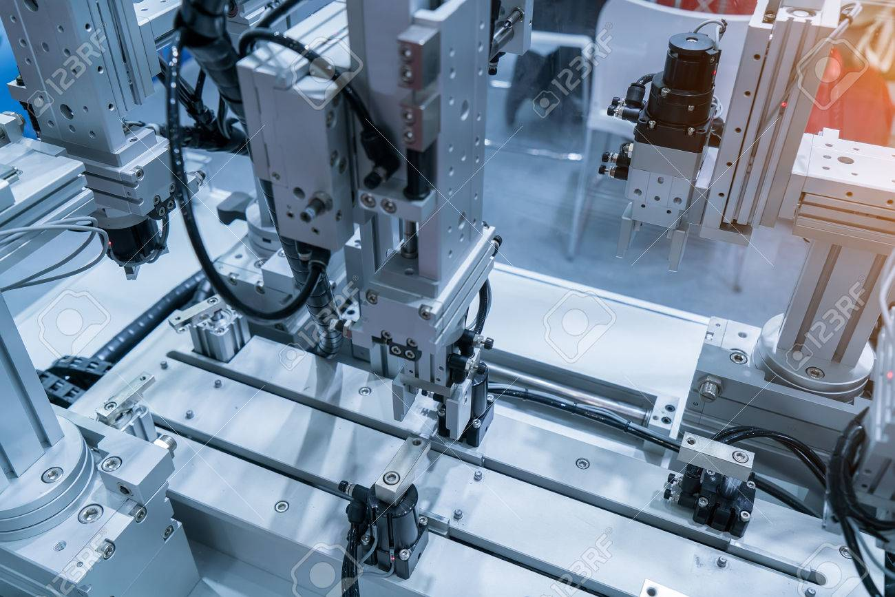 robotic hand machine tool at industrial manufacture factory - 59452578