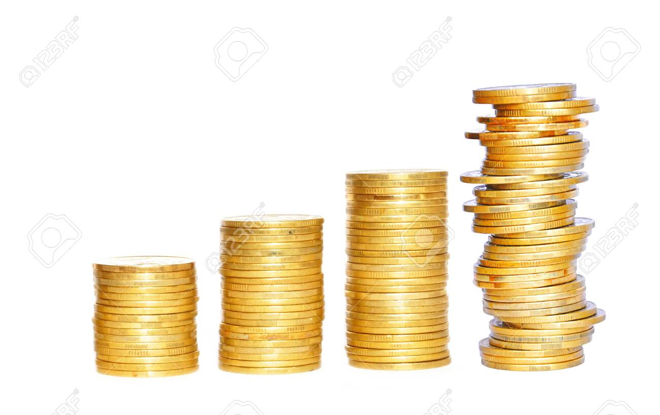 Savings, increasing columns of gold coins isolated on white background - 139116801