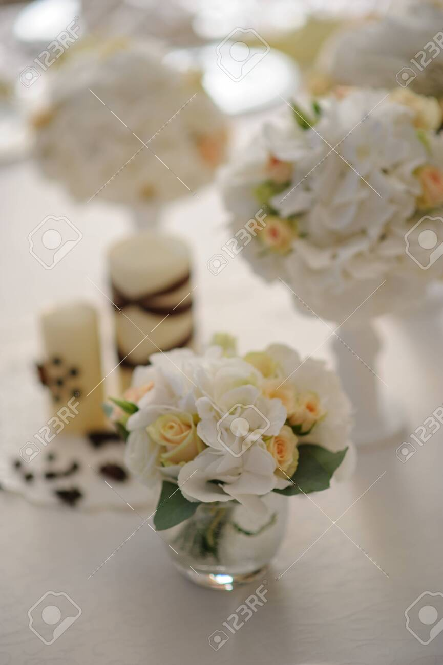 Beautiful flowers on table in wedding day - 138724874