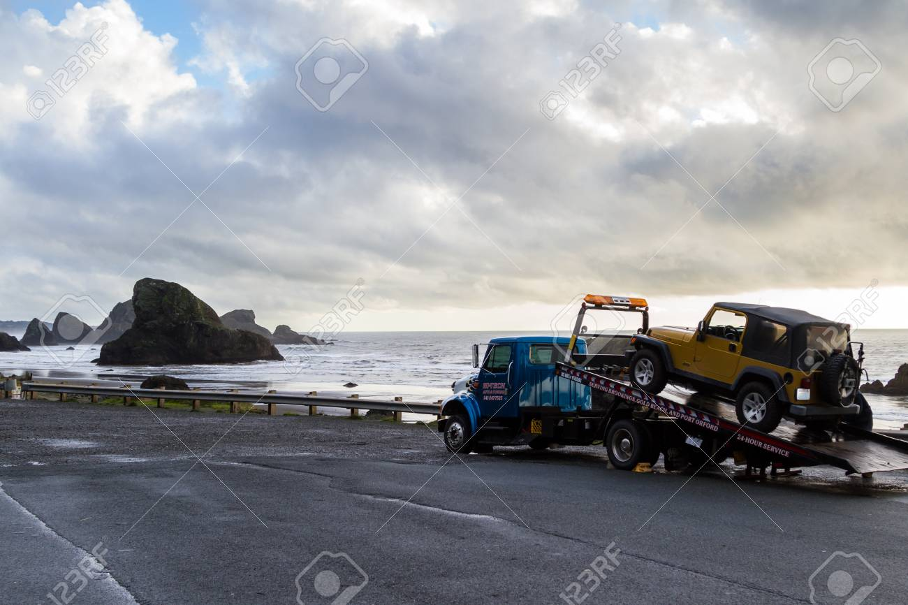 Meyers Beach Oregon 27 Octobre Camion De Remorquage A Plat De
