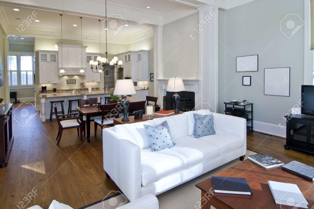 luxury studio apartment, open floorplan design Stock Photo - 4255467