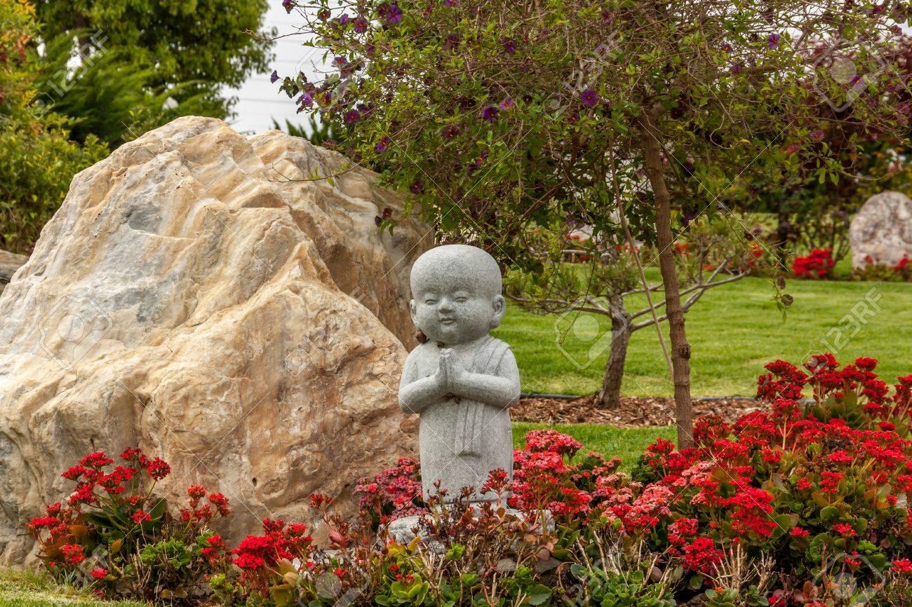 HACIENDA HEIGHTS, CA/USA - April 23: Carefully Manicured Gardens ...