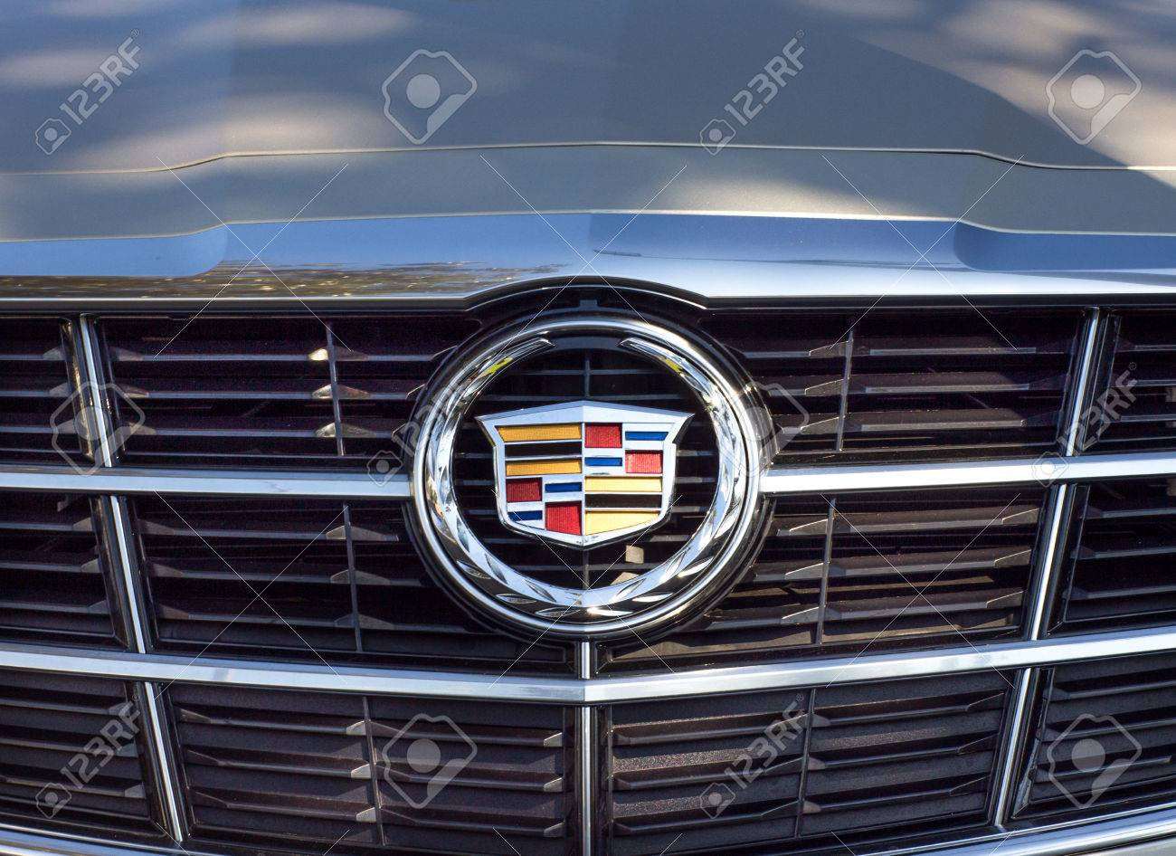 PASADENA, CA/USA - OCTOBER 25, 2014: Cadillac Grille And Logo ...