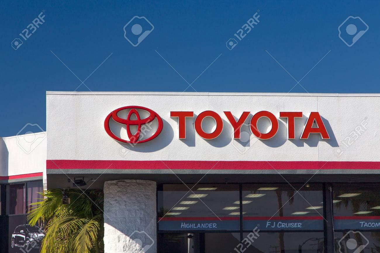 CULVER CITY, CA/USA   NOVEMBER 29, 2014: Toyota Automobile Dealership Sign