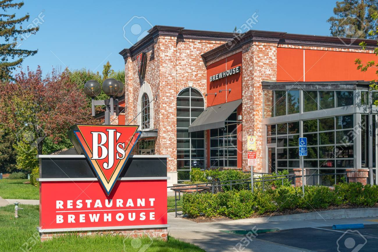 Cupertino Ca Usa October 20 2018 Bj S Restaurant Brewhouse