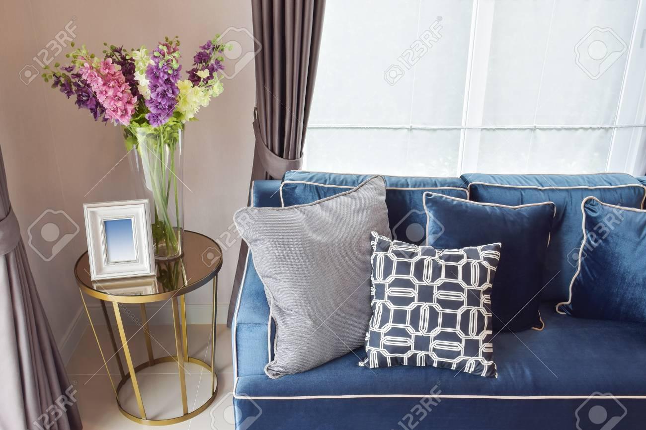 Cuscini Per Divano Blu.Navy Blue Modern Classic Sofa And Retro Gray And Blue Pillows
