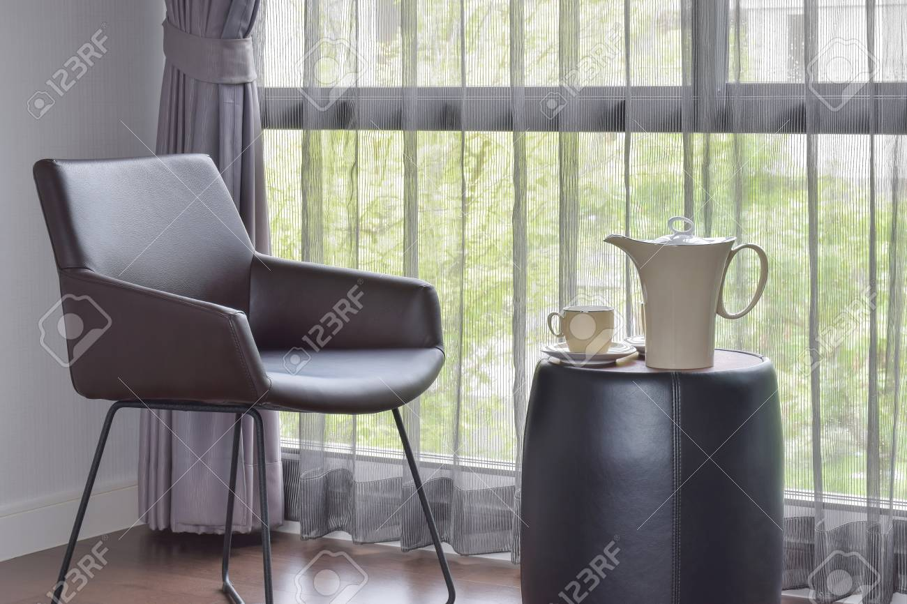 Cool Ceramic Coffee Set On The Table With Black Leather Easy Chair Inzonedesignstudio Interior Chair Design Inzonedesignstudiocom