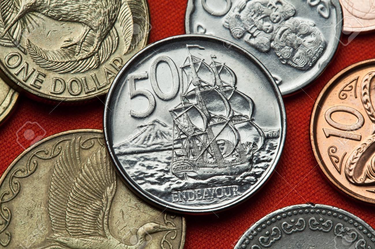 Münzen Von Neuseeland Hm Bark Endeavour Und Mount Taranaki