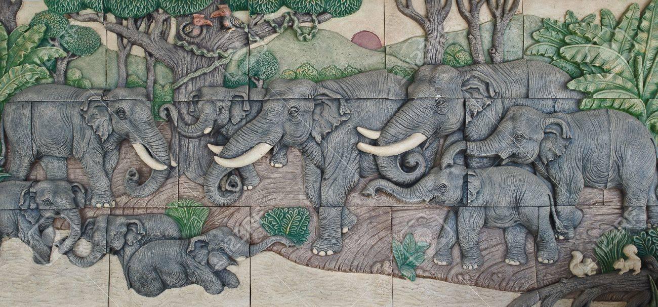 elephant Thai stucco on the temple wall Stock Photo - 11449951