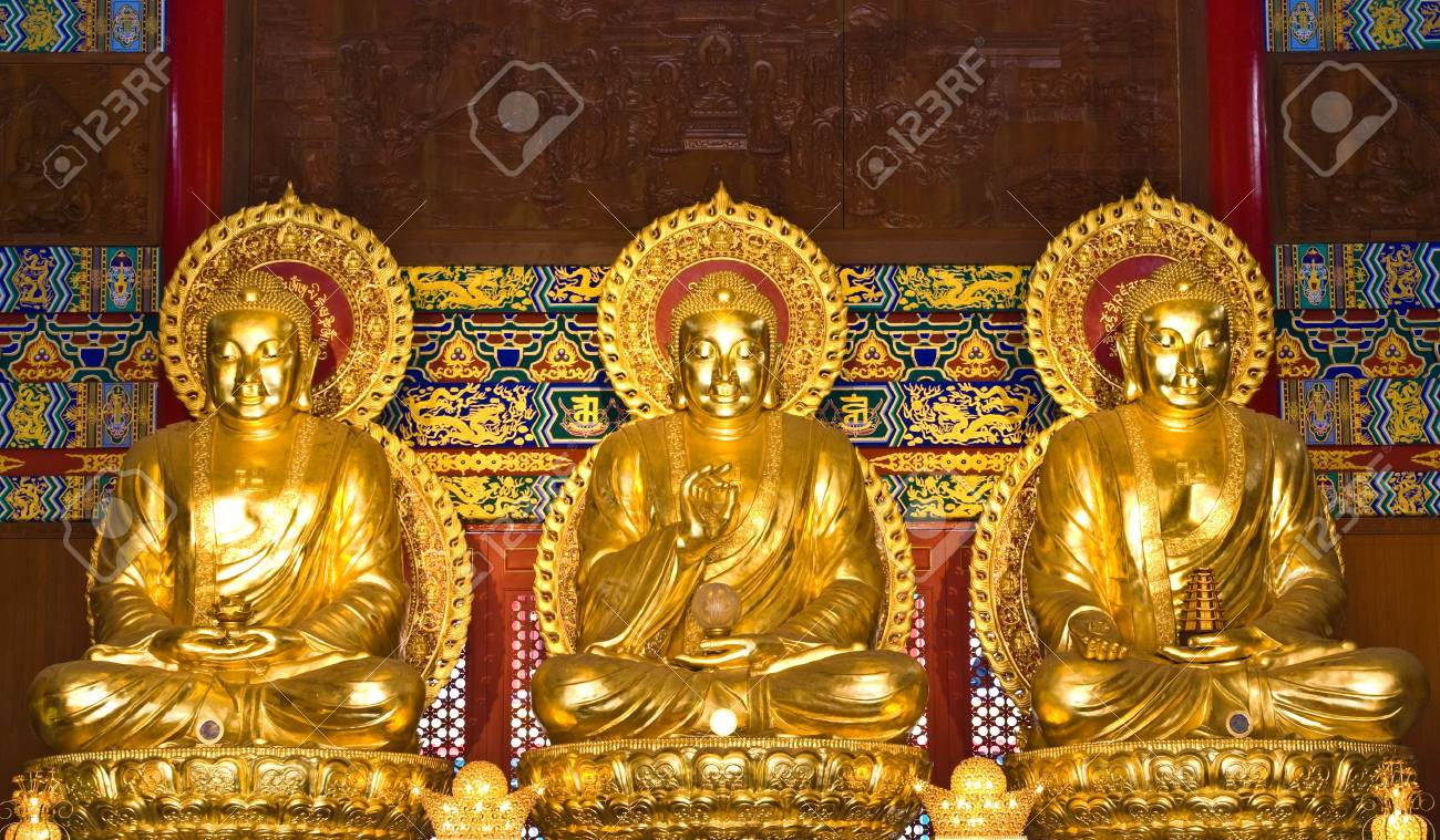 buddha statue in Wat-Leng-Noei-Yi2 at Bang-Bua-Thong, Nonthaburi, Thailand Stock Photo - 13081970