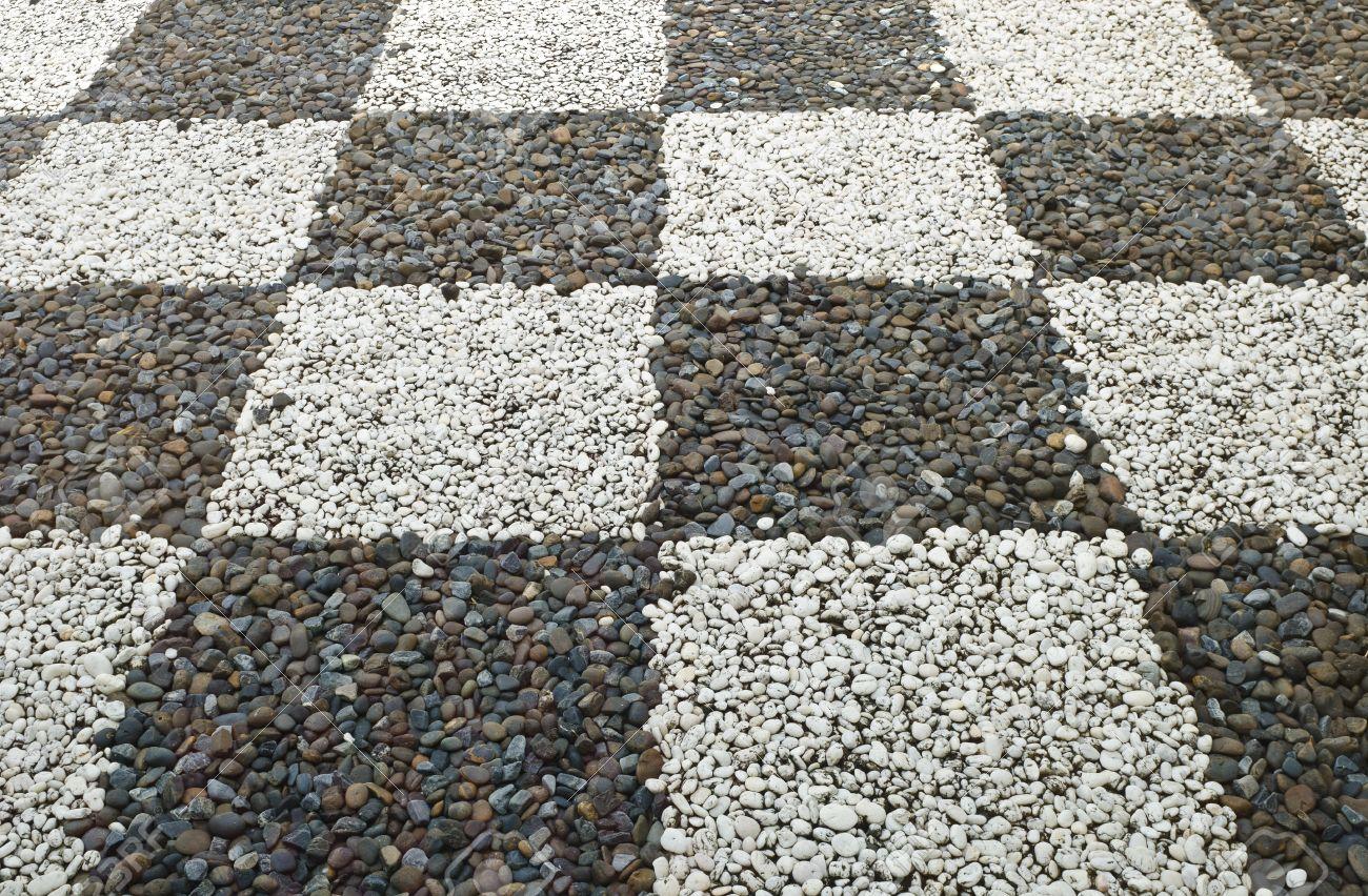 Patrón Decorativo De La Piedra Suelo De Grava En El Jardín Fotos ...