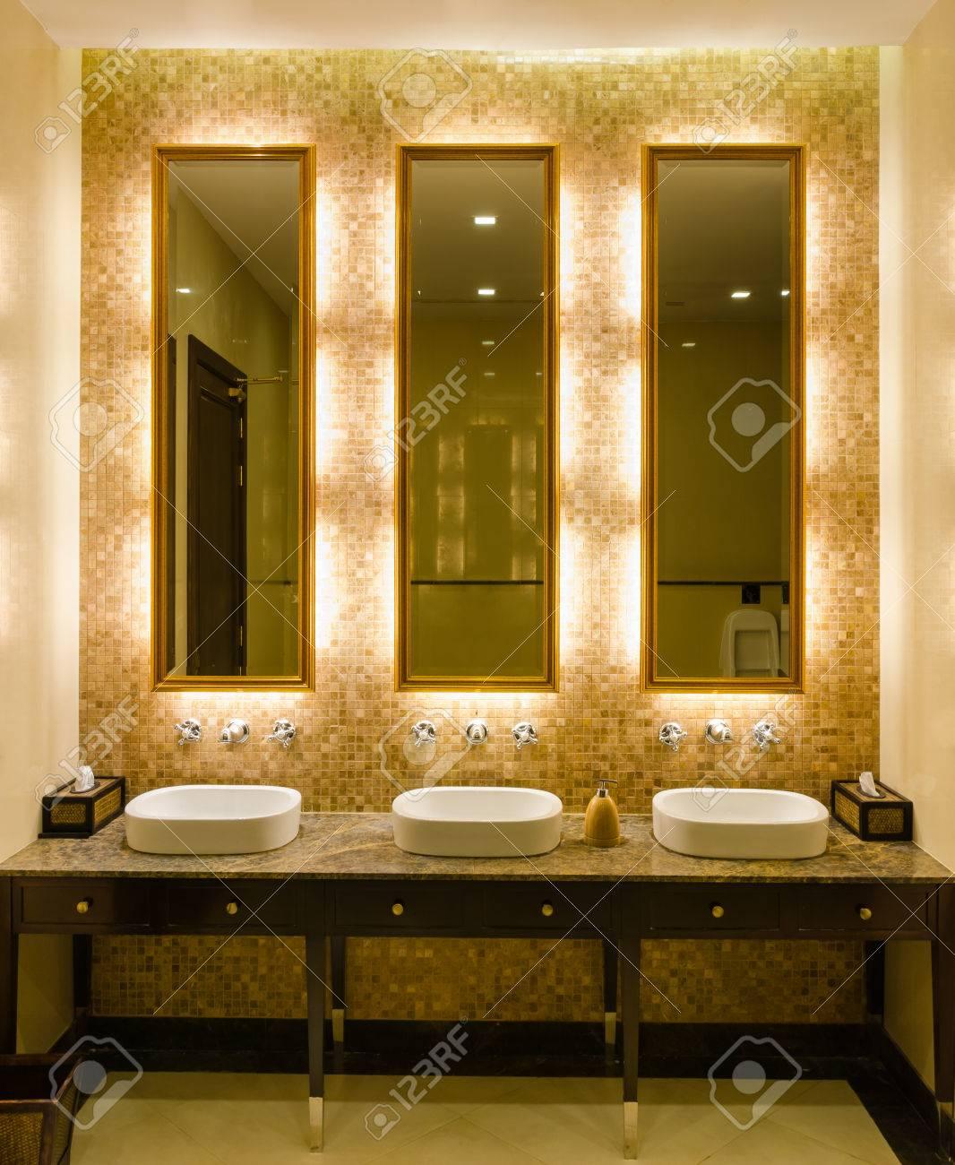 View Modern Style Interior Design Of Decorative Gold Mirror Frame ...