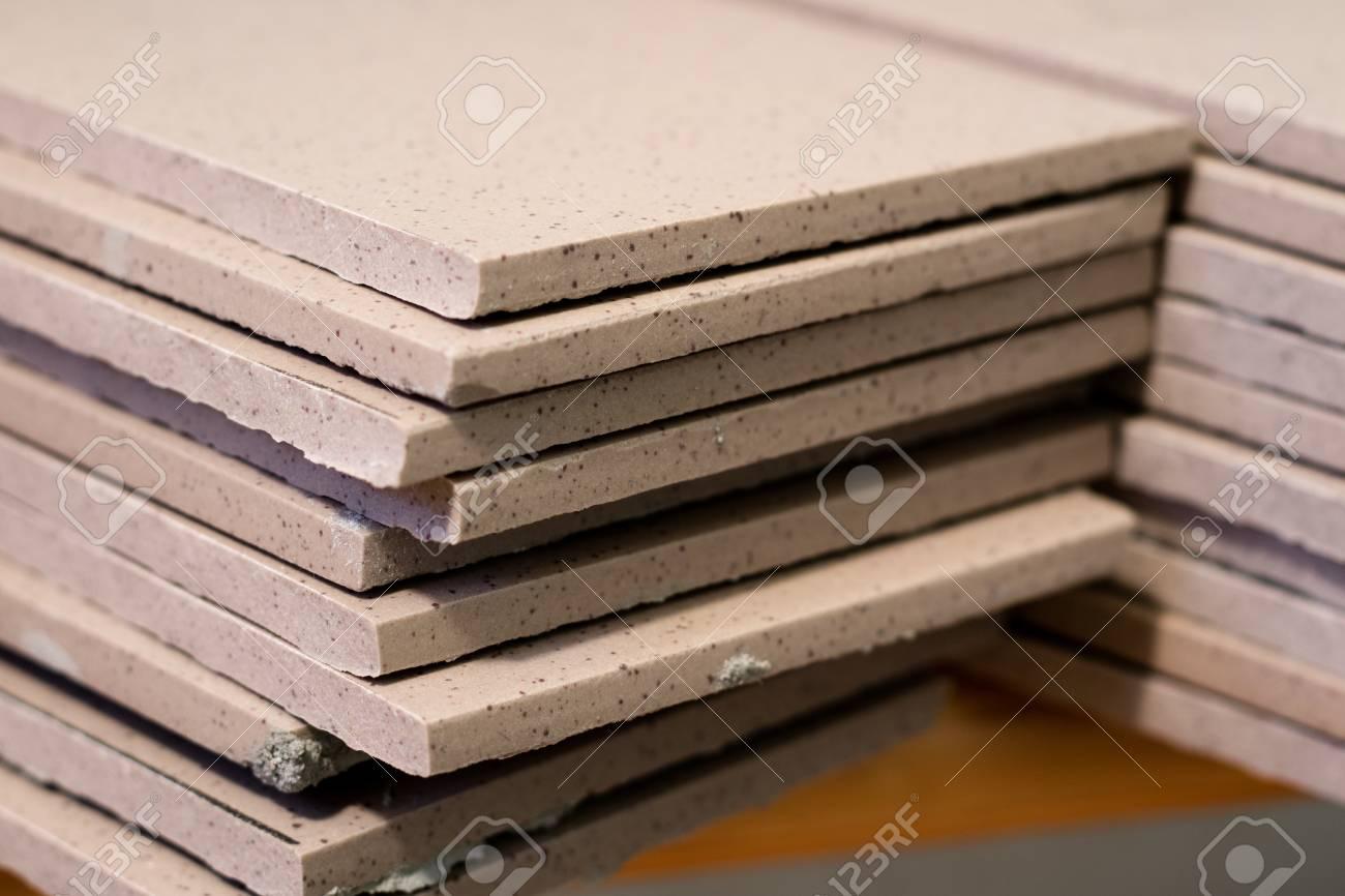 Piastrelle riparazione ponteggio tetto piastrelle · foto gratis