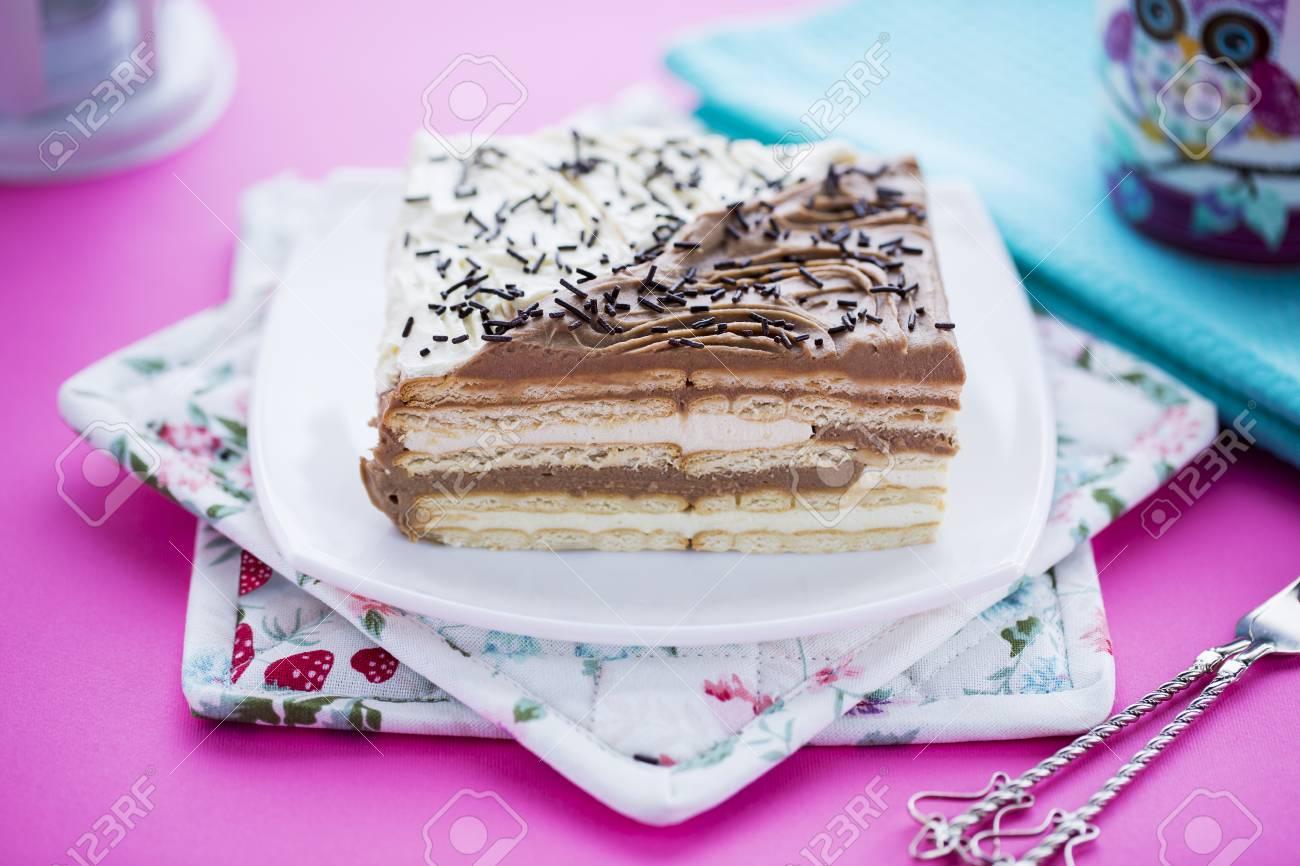 Immagini Stock Torta Di Compleanno Con Biscotti Al Burro