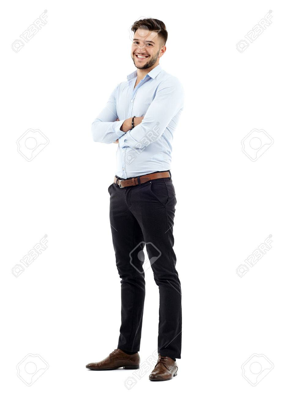 Sur toute la longueur d'un jeune homme d'affaires caucasien, les bras croisés Banque d'images - 33335244