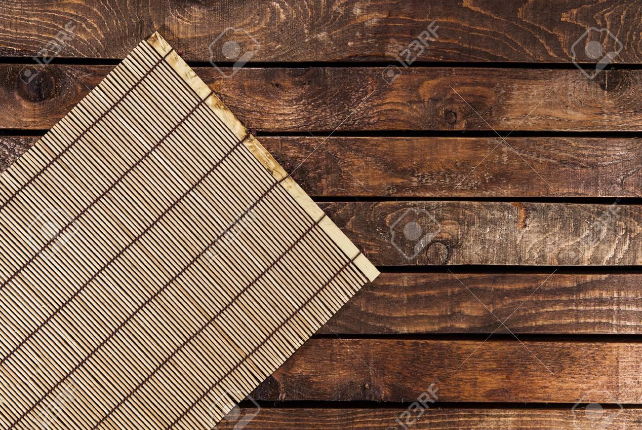Bambus Tischdecke Auf Holztisch Uber Grunge Hintergrund Bereit Fur