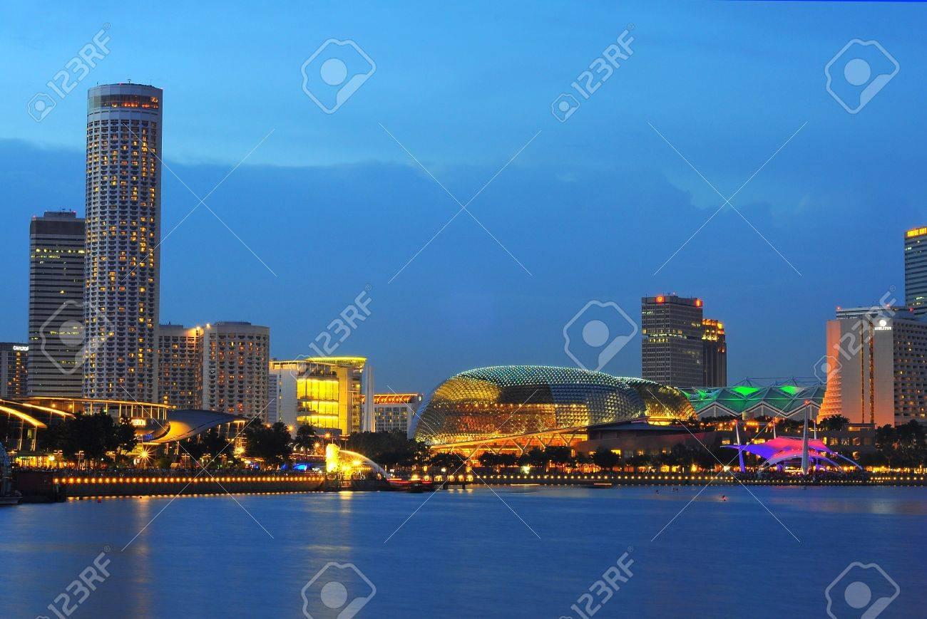Esplanade, theatres on the bay, Singapore Stock Photo - 10286481