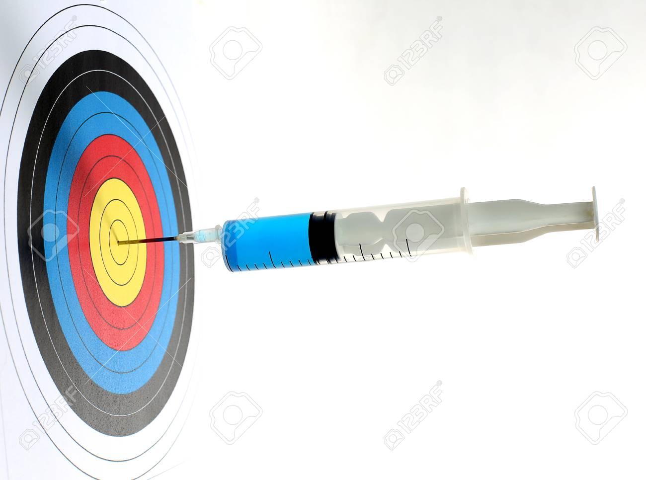 Precision medical syringes hit the bull's eye - 51164593