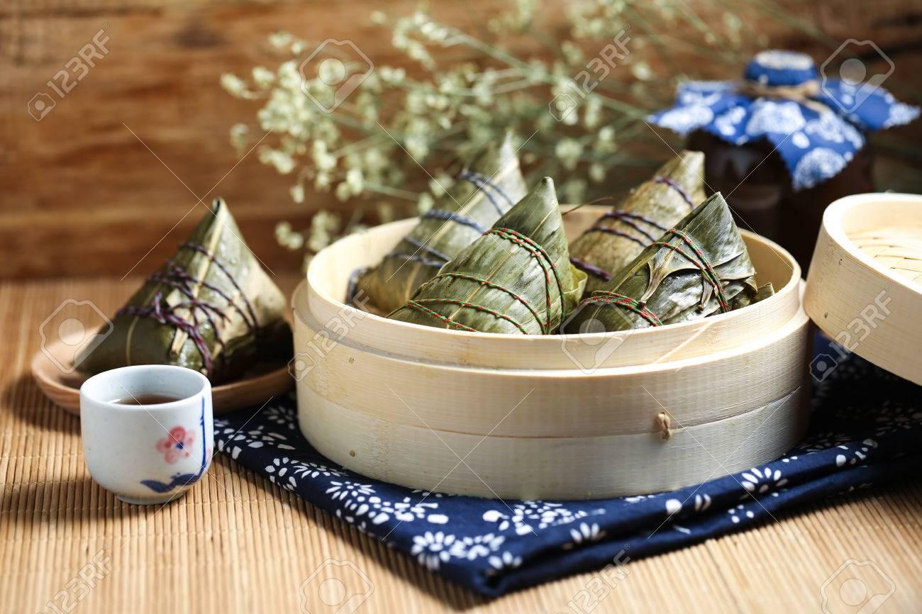 Dragon Boat Festival rice dumplings and Realgar wine - 78749681