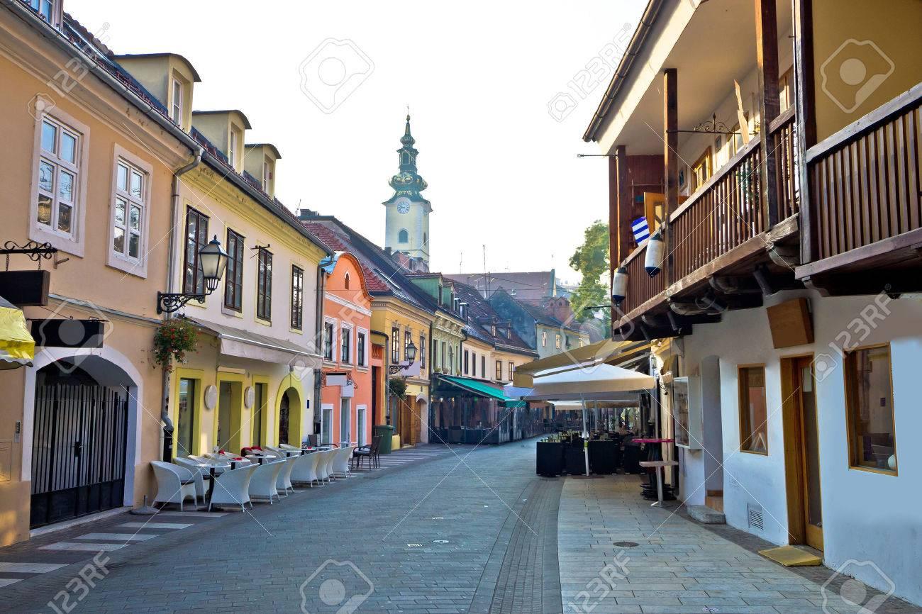 Old hitoric Zagreb street view, capital of Croatia - 48138324
