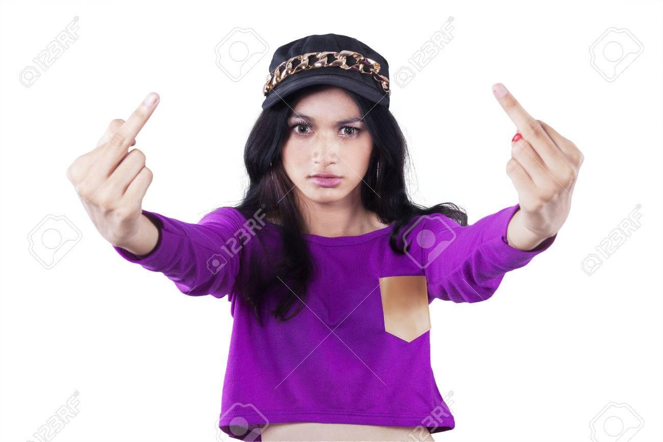 Фото среднего пальца и девушки
