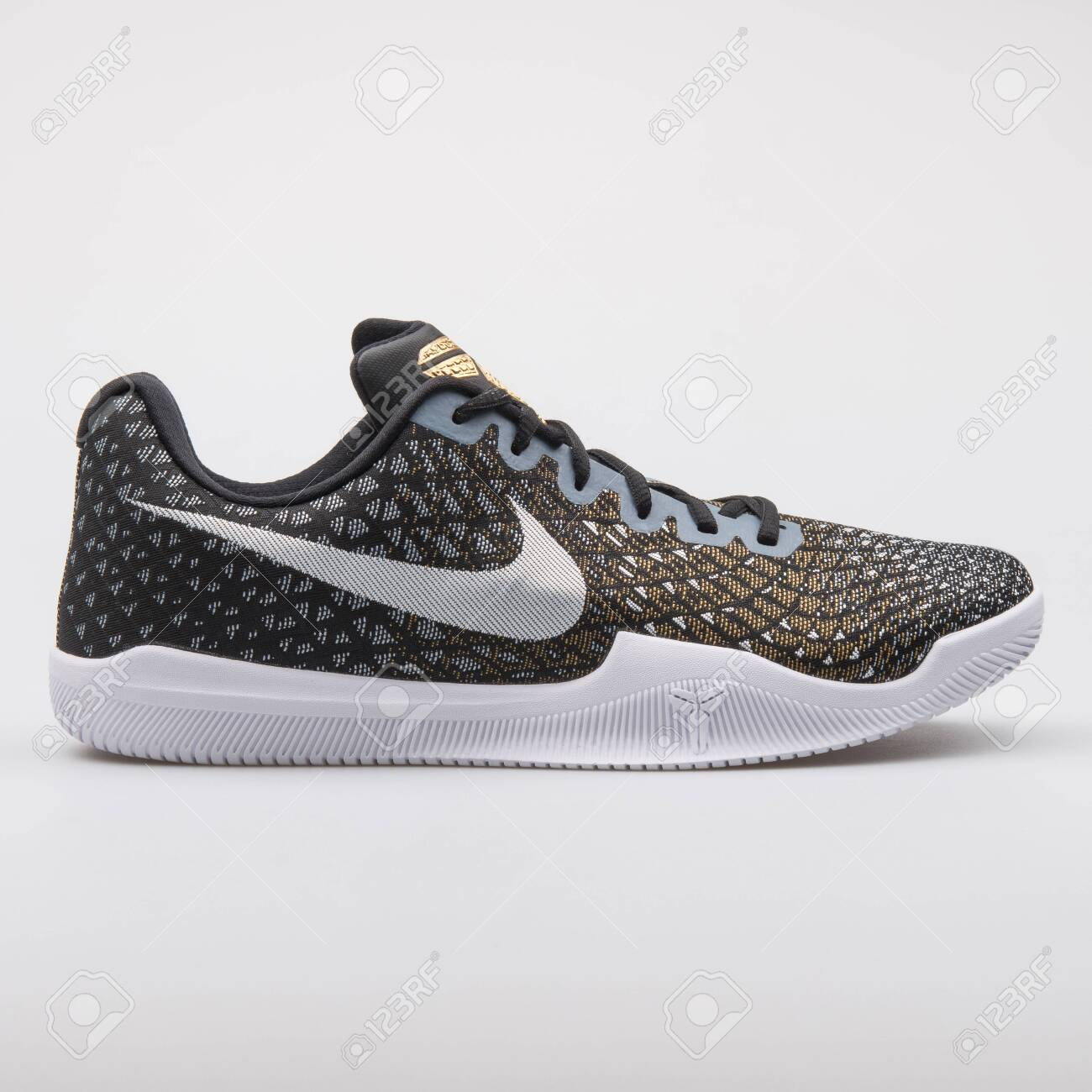 Nike Kobe Mamba Instinct Black.. Stock
