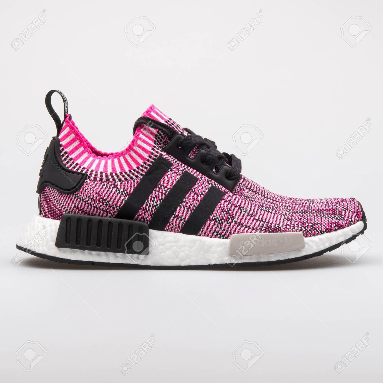 Adidas NMD R1 PK Pink Sneaker.. Stock