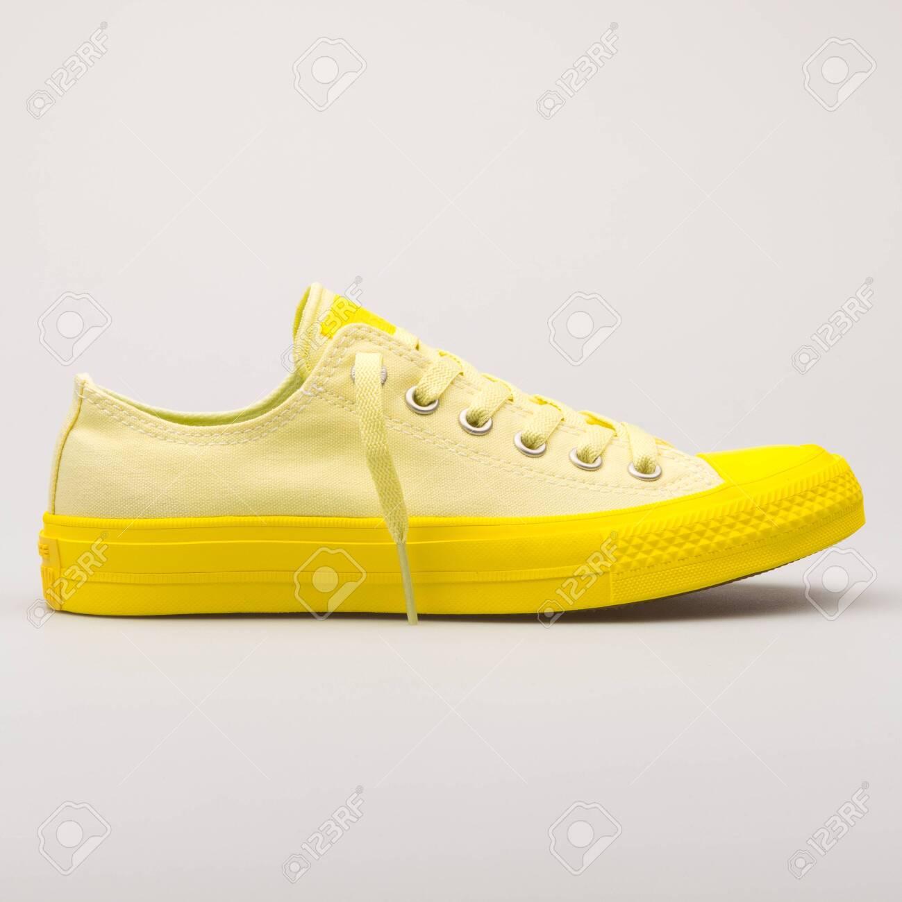 converse lemon