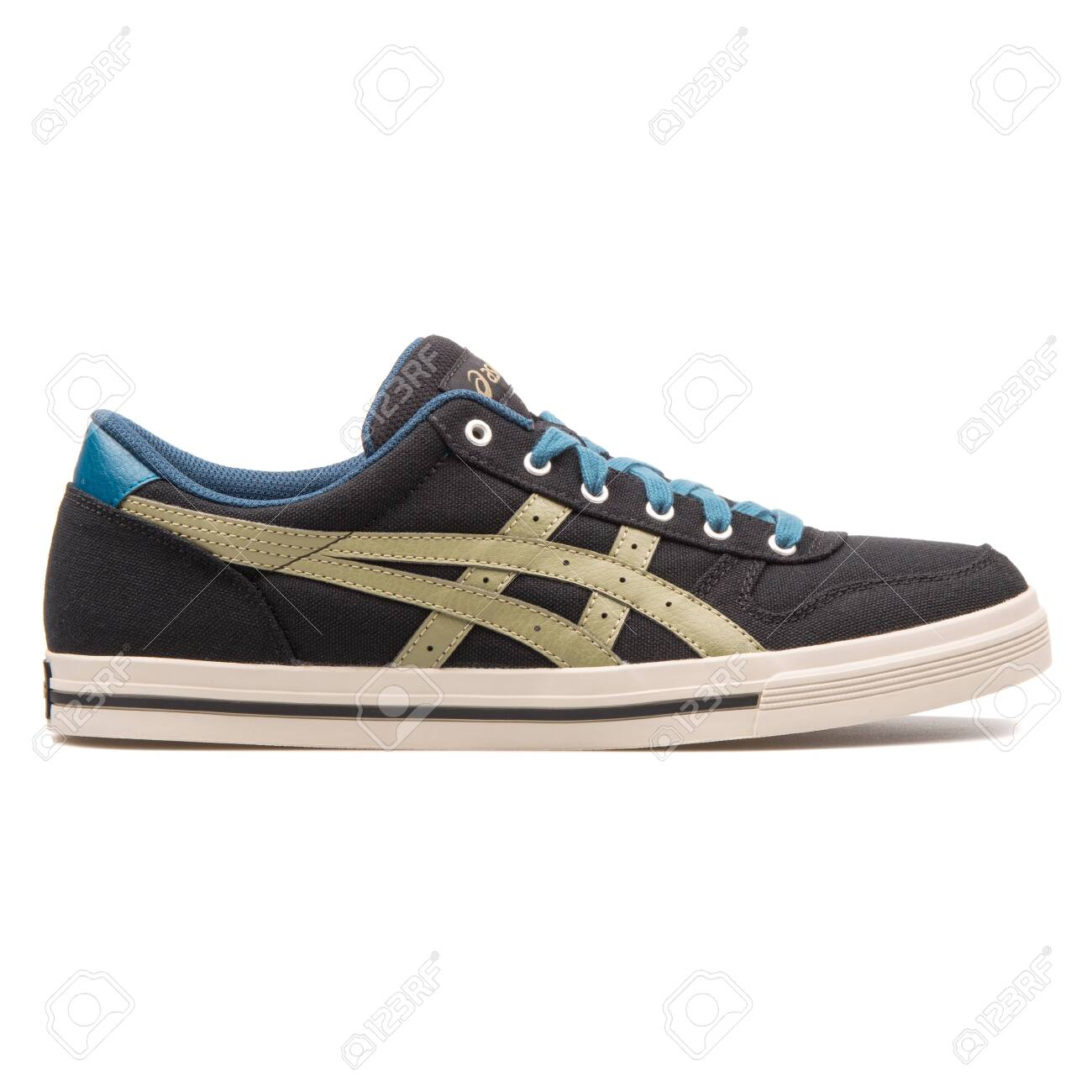 Asics Aaron Black And Olive.. Stock