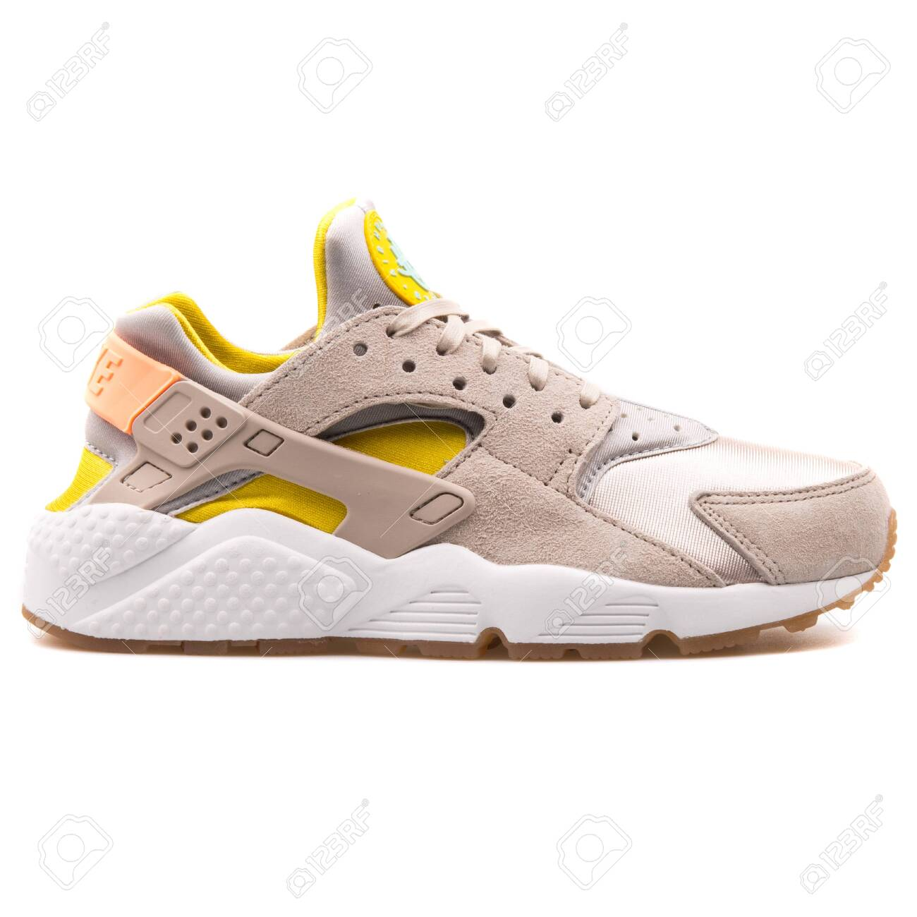 air huarache beige