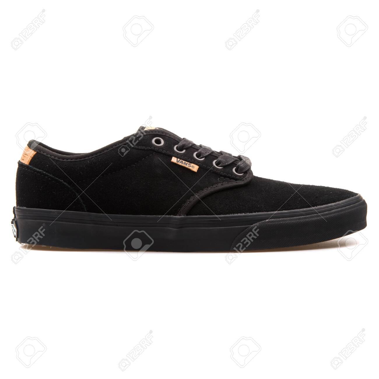 Vans Atwood Suede Black Sneaker.. Stock