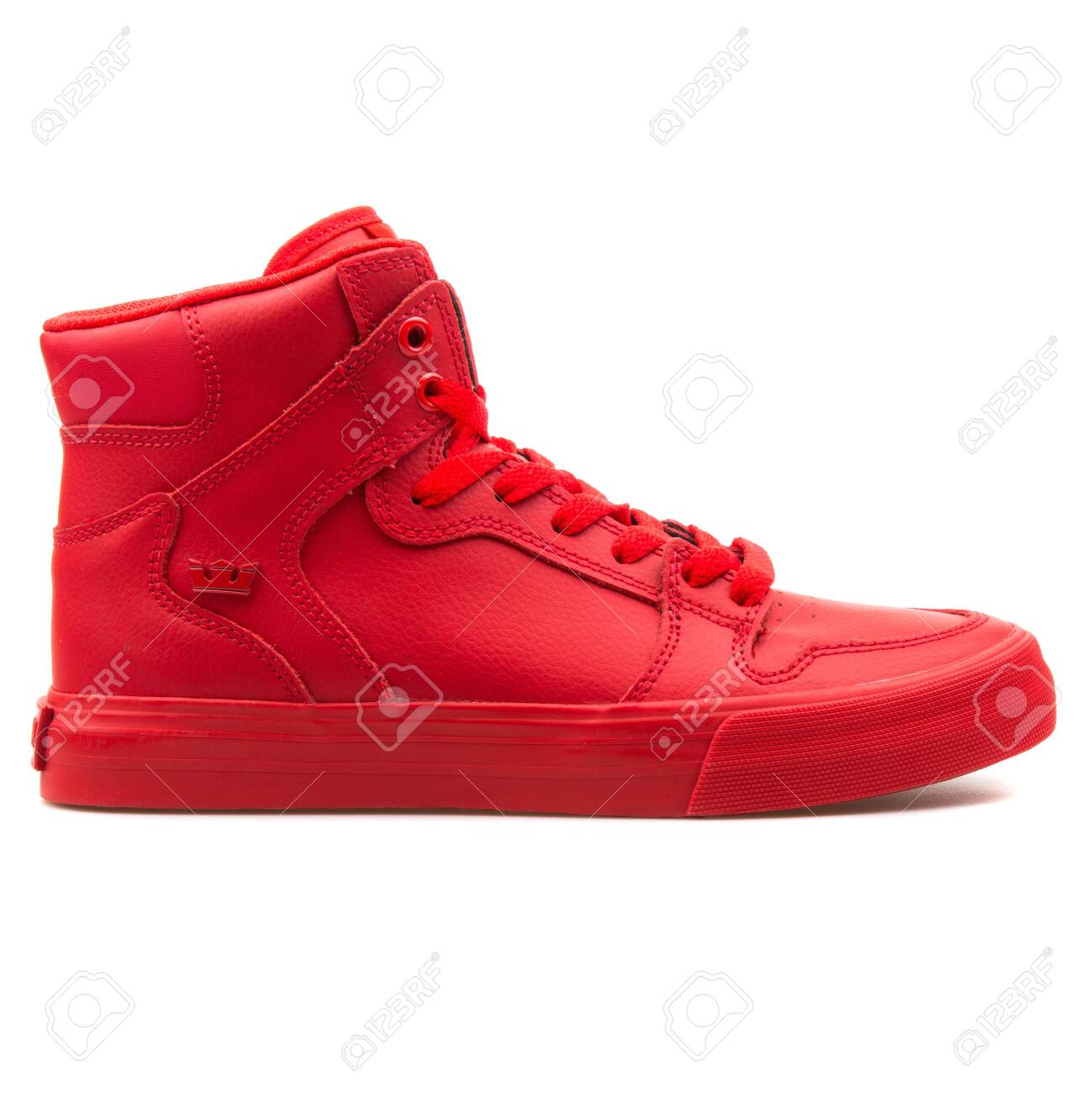 Supra Vaider Red Sneaker On.. Stock