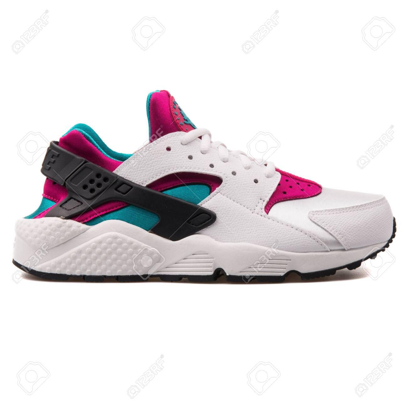 Nike Air Huarache Run White,.. Stock
