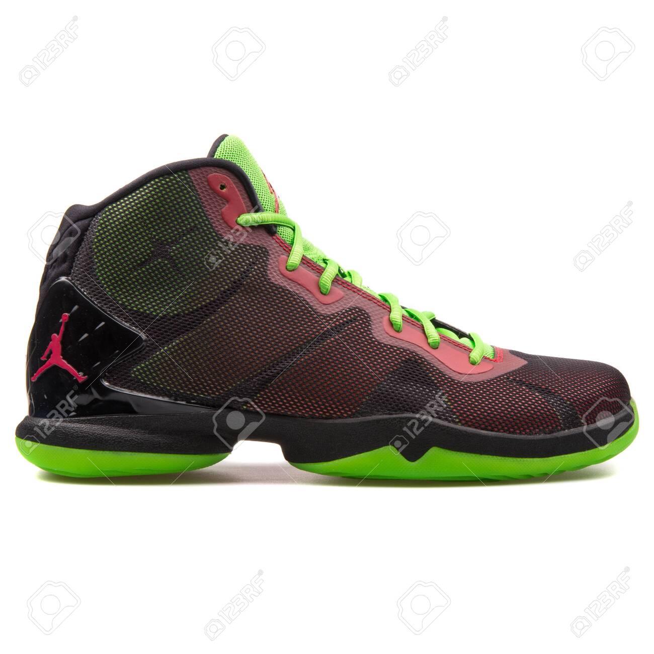Nike Jordan Super Fly 4 Black,.. Stock